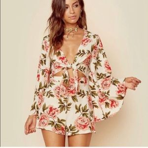 Show Me Your MuMu SMUM floral Charleston Romper S